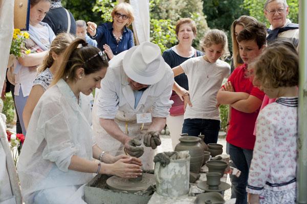 romano-pampaloni-lavorazione-della-ceramica-ad-artigianato-e-palazzo-2014-photo-by-dario-garofalo-F1PC2UED